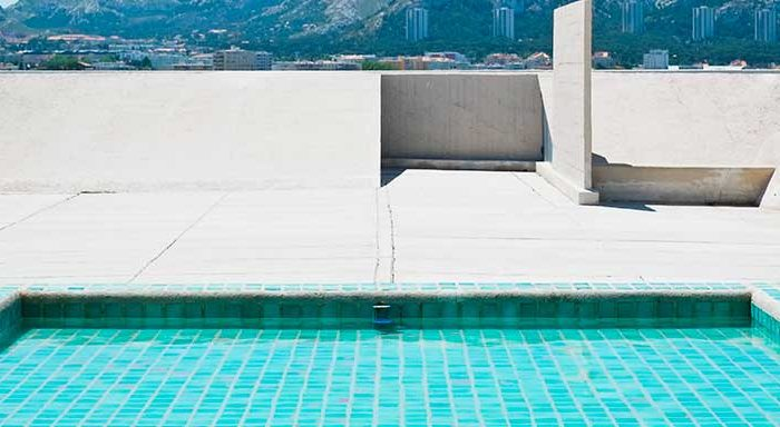 El acabado exterior, resaltará la belleza de la piscina - AIPOOL