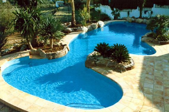 Formas de las piscinas aipool construcci n y for Diseno y construccion de piscinas de hormigon